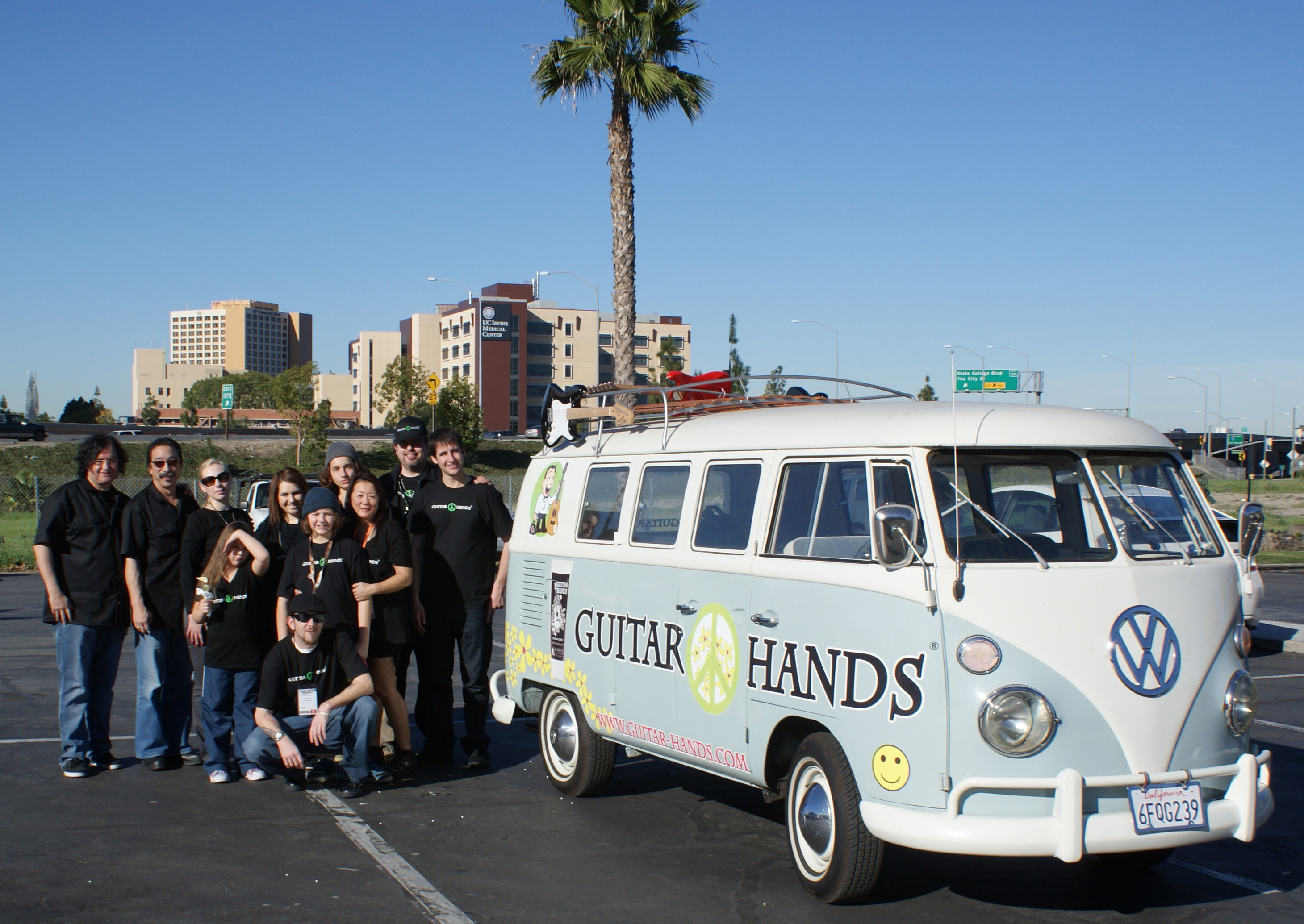 Guitar Hands Bus